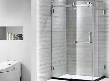 phòng tắm kính vuông góc cánh đẩy ngang
