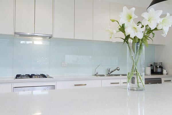 Thi công kính ốp bếp tại Hải Phòng