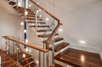 Có nên lắp đặt cầu thang kính cường lực cho nhà ở không?